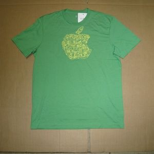 Other - Men's Green T Shirt    Small